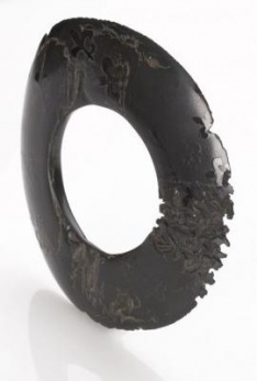Jacqueline Cullen - whitby jet bangle (16cm diameter) made from one piece of jet which is very rare - 4500$ !!