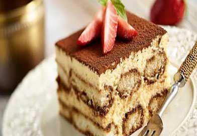 Tiramisu Tarifi, İtalyan tatlı tarifleri denilince ilk akla gelendir. Bu tarif orijinal tiramisu tarifi, tam tadında ve kıvamında. Buyrunuz;
