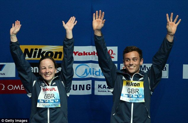 Tom Daley and Rebecca Gallantree win mixed team gold at theWorld Aquatics Championships