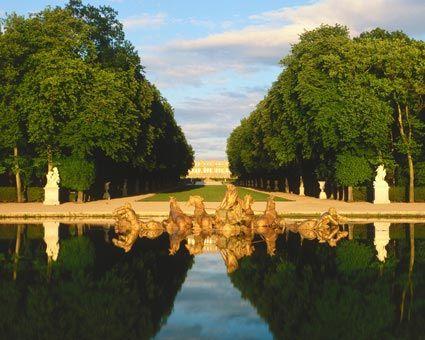 Pi di 25 fantastiche idee su les jardins de versailles su pinterest parc de versailles - Bassin en cuivre versailles ...