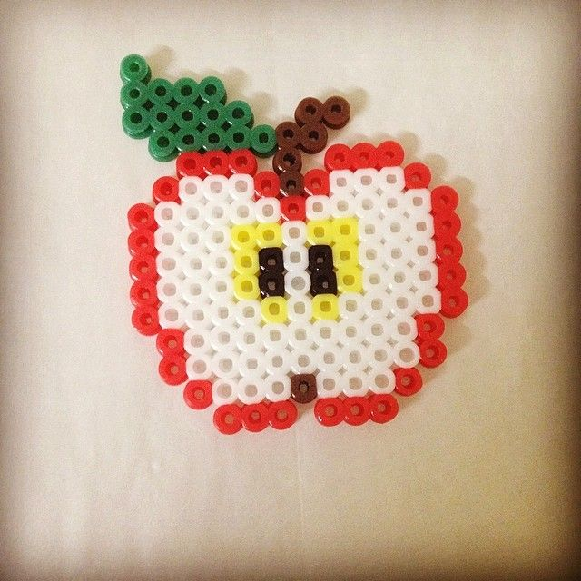 Apple perler beads by wongyimshan