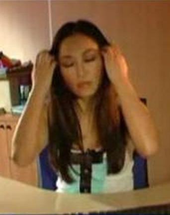 """(Diciembre 2010) Usun Yoon en el programa de la Sexta """"El Intermedio"""" con nuestra tshirt """"Blair"""" http://www.bellechic.es/product.php?id_product=50"""