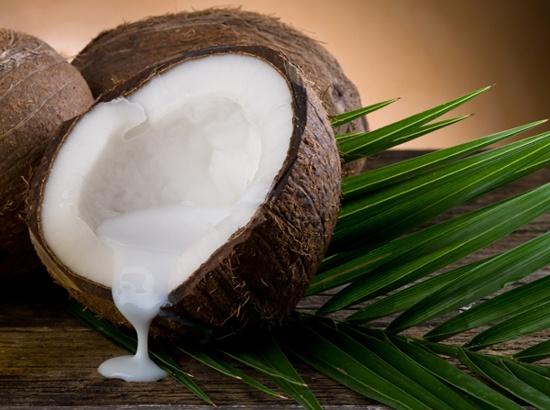 Μάσκα με γάλα καρύδας για γρήγορη ανάπτυξη των μαλλιών -  Hair Mask with coconut milk for fast growth hair www.enter2life.gr