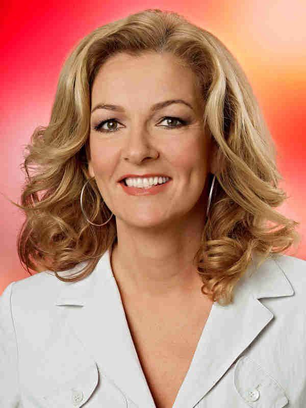 """TV-Lady Bettina Tietjen (50, """"Tietjen und Hirschhausen"""") setzt sich für die Deutsche Krebshilfe und die McDonalds-Kinderhilfe ein. Sie"""