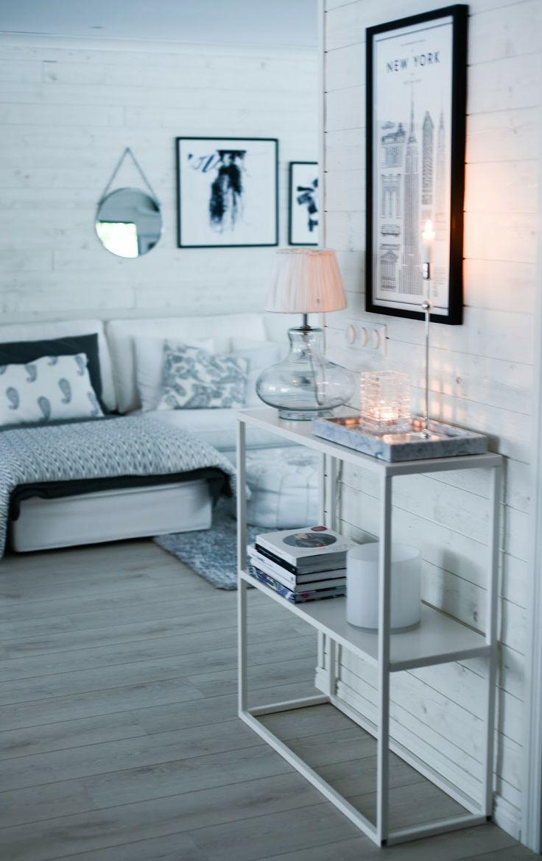 ♥ Villa Tretton ♥: Nytt bord, hylla/sidebord eller ljusstake..?