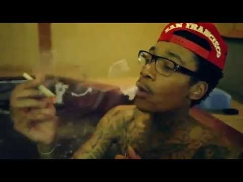 How To Roll A Perfect Joint  With Wiz Khalifa #marijuana #cannabis #weed #pot #blunt #smoking