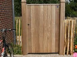 Afbeeldingsresultaat voor klein houten poortje