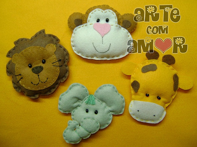 felt baby animals <3 I'd do this as a matching game, head to body.