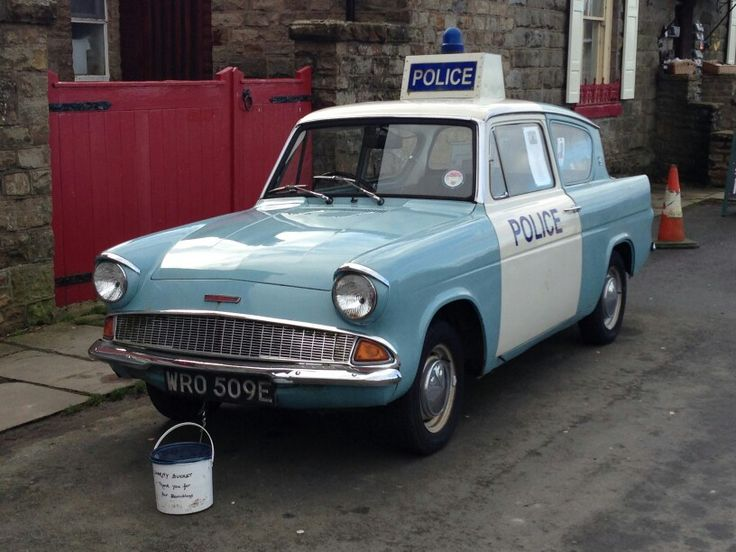 A classic 1960 British police car 《Heartbeat》