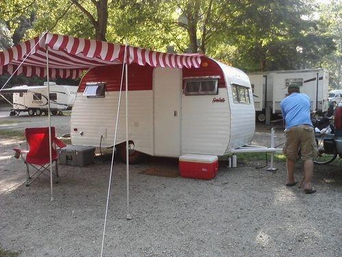 Les 25 Meilleures Id Es De La Cat Gorie Petites Annonces Airstream Sur Pinterest Camping Car