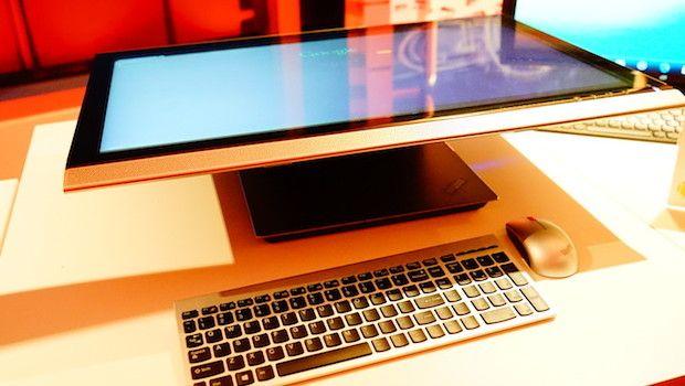 Glance at Lenovo ThinkVision 28inch Monitor