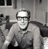 Eric Sykes comedian died at 89 in 2012