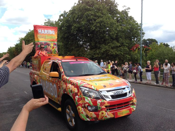 le tour de france passing Woodford Green.  Victor Michael celebrate the occasion #tourdefrance #2014
