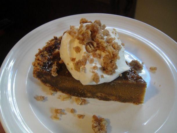 Pumpkin Pie with Cinnamon Crunch
