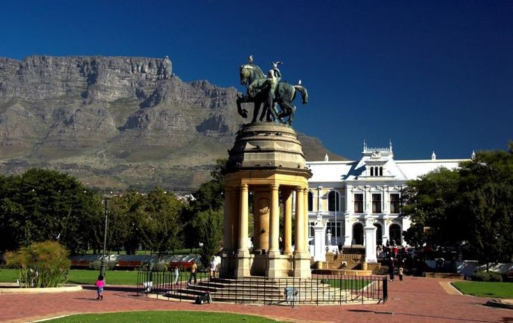 Three and a half centuries ago in 1652, The Company's Gardens was Jan Van Riebeeck's veggie patch. Today it's decorated with imposing statues, Museums of Art and adorable squirrels. It's the perfect place for a picnic and boasts a majestic view of Table Mountain.