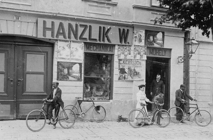 Vintage Bicycle - 1913 Mosonmagyaróvár