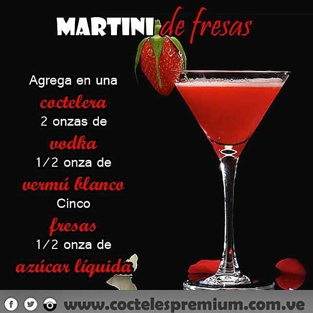 Receta del día: Martini de fresa #viernes #FelizViernes #Friday #happyfriday #drinks #rumba #party #cumpleaños #boda #mixology #bartender #bartenders #coctel #cocktail #licor #islademargarita #Margarita #laisla #bodaenlaplaya #wedding #weddingmargarita #Caracas #babyshower #follow #followme #instapic #instagood #FBF