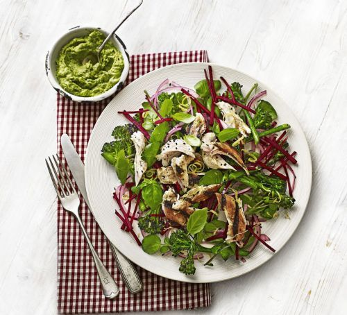 Chicken, broccoli & beetroot salad with avocado pesto