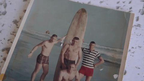 Estos 4 veteranos de Vietnam se reunieron tras 50 años. Ahora mira de cerca la foto de la derecha