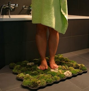 creative bath carpet - green, it is a Moss Carpet, maybe you could also make it out of DIY Wool Pom Poms: