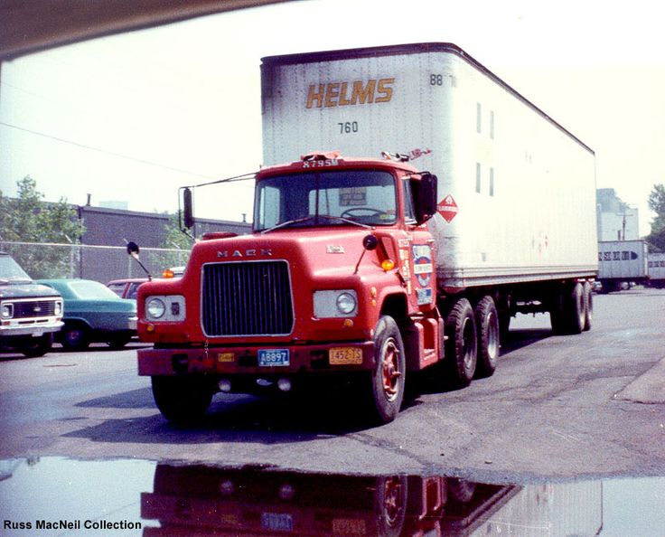 """Another """"ST. JOHNSBURY"""" MACK """"R"""", this one hauling a """"HELMS"""" trailer."""