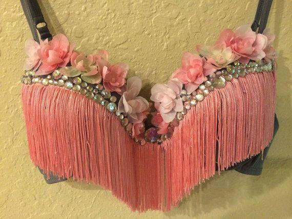 Pink rave bra by LinesOfEuphoria on Etsy                                                                                                                                                      Más