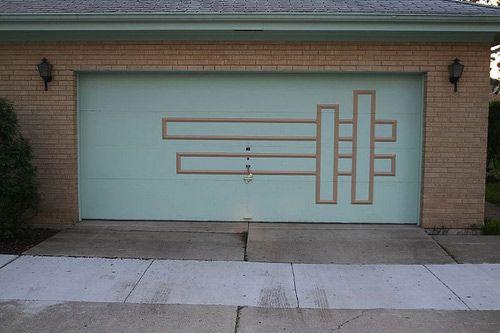 Pics of Mid-Century Modern garage doors.  Cool!