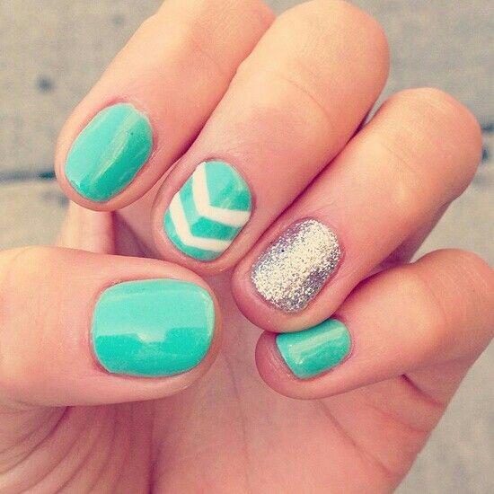 Turquoise chevron gold nails