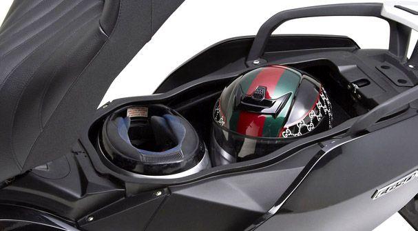 Bmw C650 Gt In 2020 Bmw Motorcycle Seats Suzuki