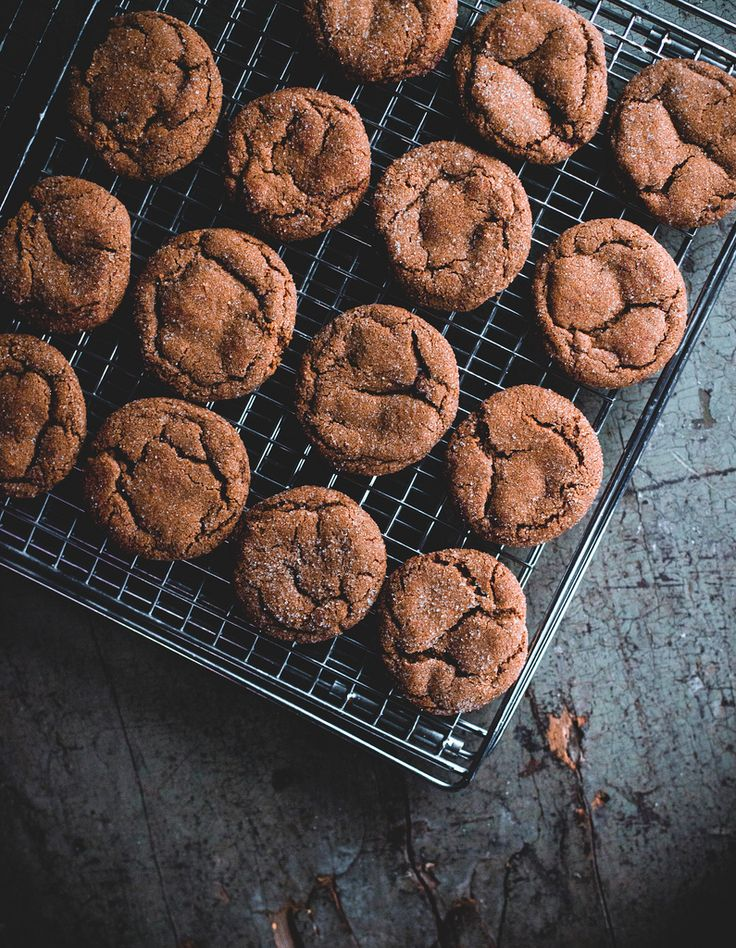 Smoky Cardamom Ginger-Molasses Cookies (& A Giveaway!)