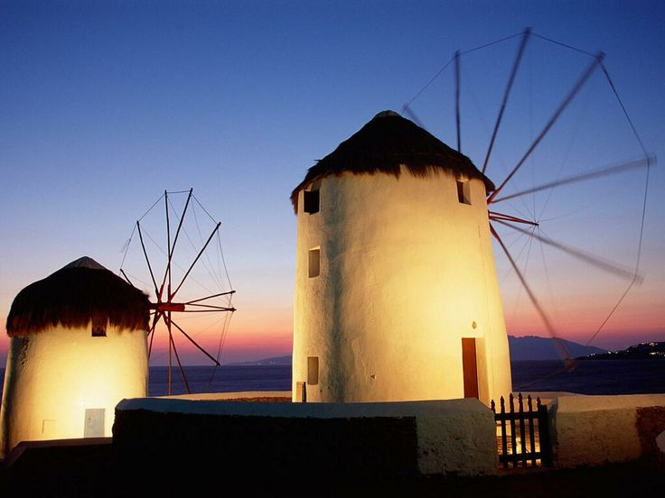 The windmills. Worth paying a visit! #Mykonos