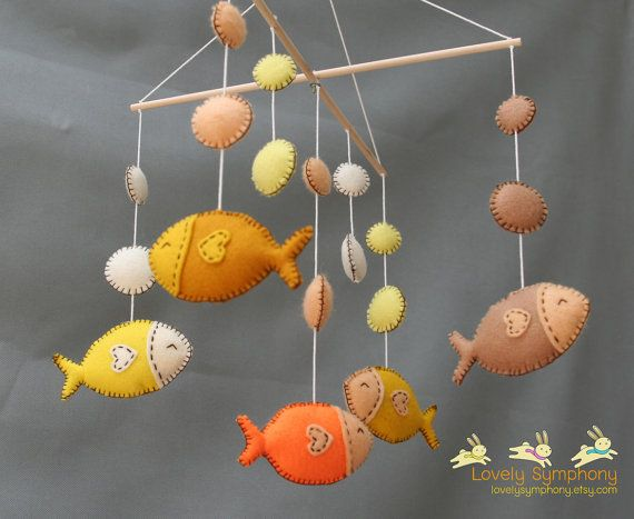 Tropical fishes baby mobile  golden fishes door LovelySymphony, $75.00