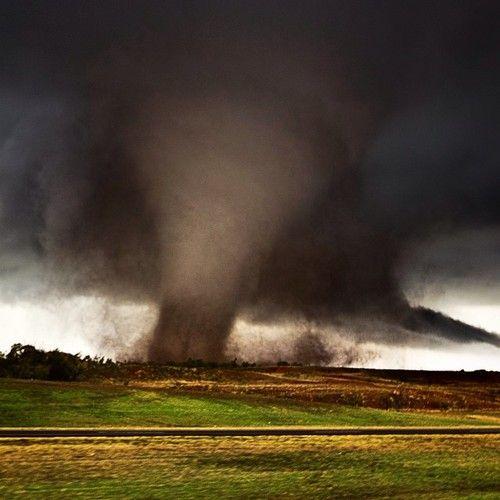 Near Manitou, Oklahoma, 11/7/11. Credit: TornadoTitans