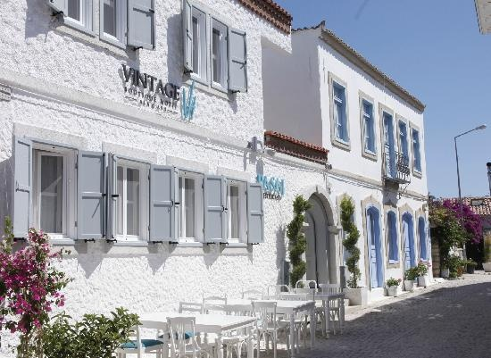 Vintage Hotel Alacati Exterior