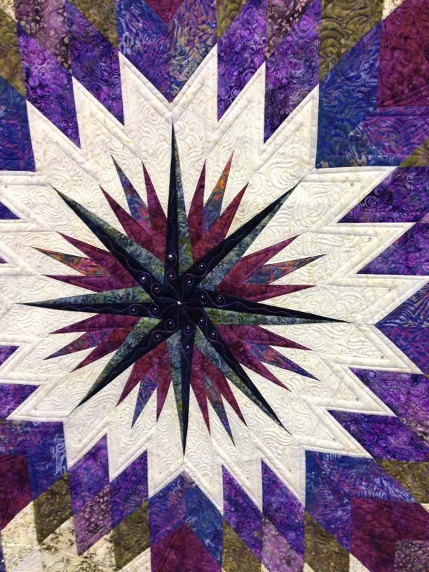 LZ8 by Sharleen Fields.  2014 Mid-Atlantic Quilt Festival.  Photo by Angela Huffman | Quilted Joy.