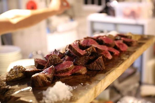 GW は渋谷で肉料理&地ビールを!「肉グルメ博」、東急百貨店東横店で開催