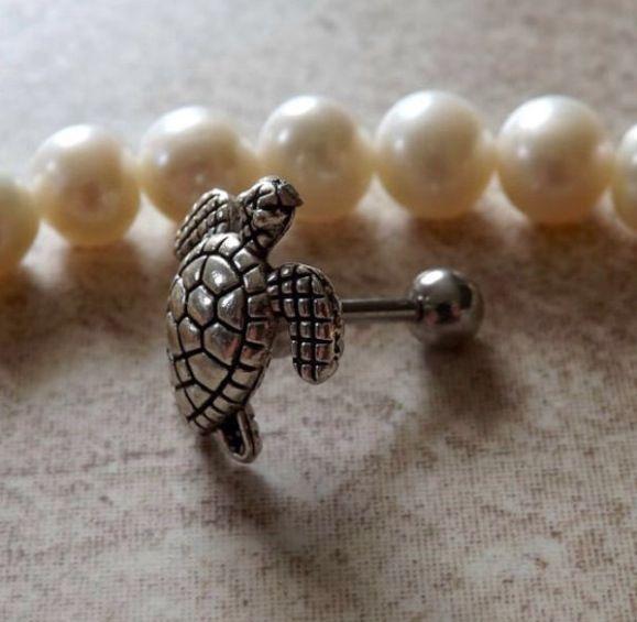 Tragus piercing - turtle