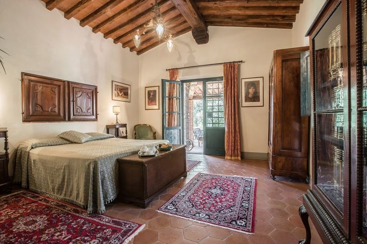 Villa Ann, sleeps 10 guests in Monsummano Terme, Tuscany, Italy.