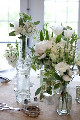 Virginia Burlap Babys Breath Wedding Flowers 275x412 Beautiful and Natural Outdoor Vineyard Wedding in Virginia: Libby + Joshua