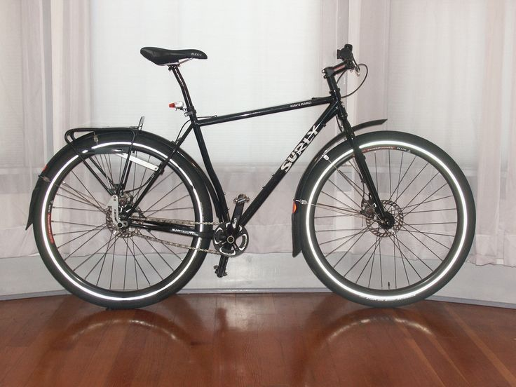 #OldManMountain transportin trasero sobre una bici Surley