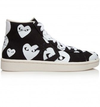 COMME DES GARÇONS PLAY CHUCK TAYLOR HI TOP 'MULTI HEART'. Black / White. £100.00