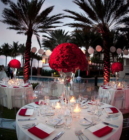 Truly Unforgettable Wedding Reception Ideas. To see more: http://www.modwedding.com/2014/01/11/39-truly-unforgettable-wedding-reception-ideas/ #wedding #weddings