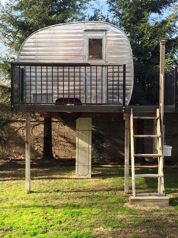 Vintage camper treehouse!   Canned Ham storage   Untravel Trailer <O>