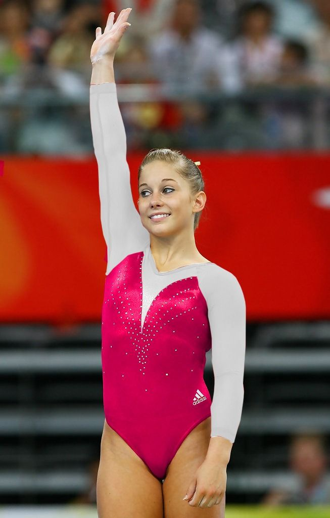 Nastia Liukin Photos Photos - Olympics Day 7 - Artistic