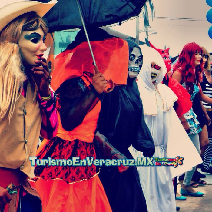 #Xantolo, #tradición de #muertos que tiene vida en #Tempoal http://www.turismoenveracruz.mx/2013/10/xantolo-tradicion-de-muertos-que-tiene-vida-en-tempoal/ #Veracruz