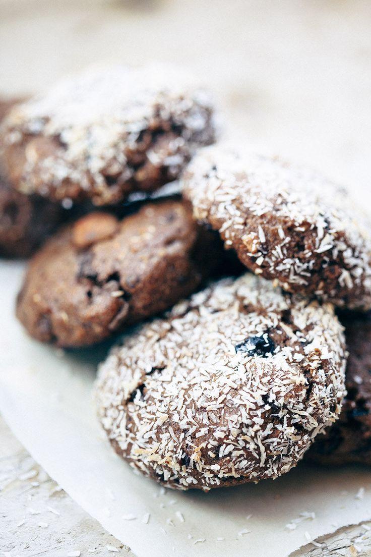 ... chocolate and banana cookies (vegan) ...