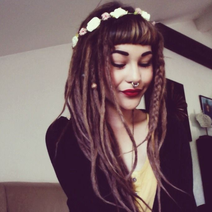 Hippie punk pin up with septum and flower crown, love the mix.