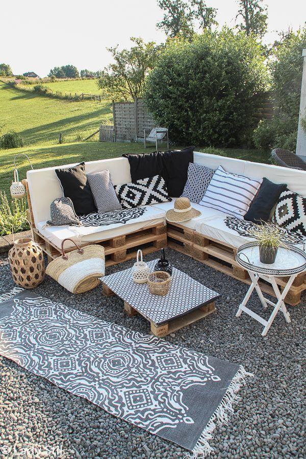 #Palettenlounge #DIY #palettenmöbel #patio #terra…