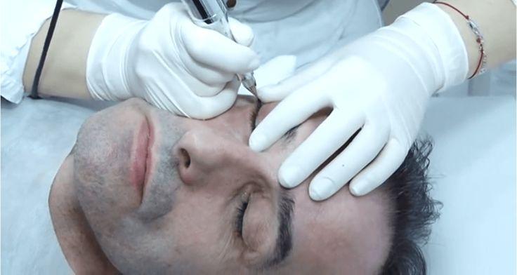 Panowie też mogą skorzystać z korzyści, jakie daje makijaż permanentny! To doskonały sposób na optyczne zagęszczenie rzadkich i cienkich rzęs, dodanie wyrazistości spojrzeniu czy wzmocnienie rzadkich brwi. Zobacz, z jakich możliwościmężczyźni korzystają najchętniej. Zdradza Magdalena Bogulak, prekursorka makijażu permanentnego w Polsce, właścicielka salonuSharley orazCentrum Makijażu i Centrum Szkoleniowego Long-Time-Liner. Jaki makijażpanowie wybierają najczęściej? Największą…