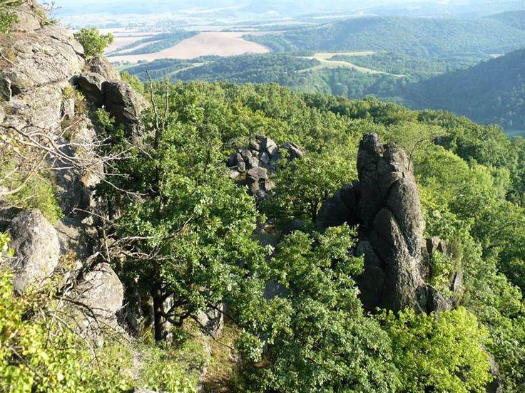 Pohanský hrad 1 - z obce Šurice a Hájnačka